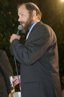הרב אברהם רזניקוב