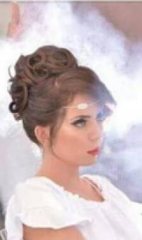 דורית מדמוני- עיצוב שיער ואיפור