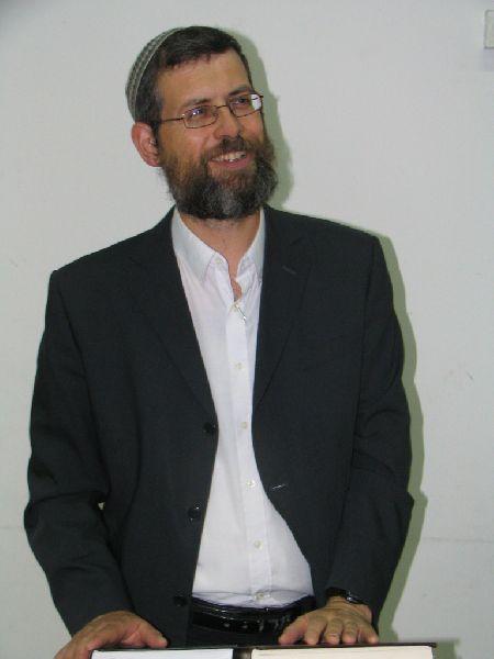 הרב צבי יניר