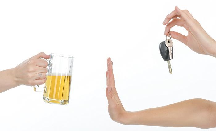 לאלכוהול איכותי דאגתם... ולאורחים?