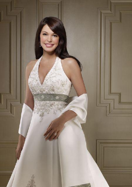 לבן נטו- שמלות כלה בהזמנה אישית