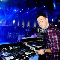 DJ מיכאל ספיבק