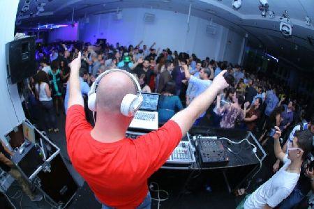 DJ רועי G