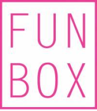 FUN BOX מסגרת מעוצבת ומקלות משחק לצילומים