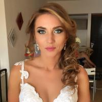 Alexandra make up & hair artist