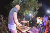 DJ ARIEL R
