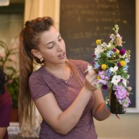 הילולה-עיצוב אירועים ושזירת פרחים