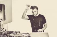 DJ shay b
