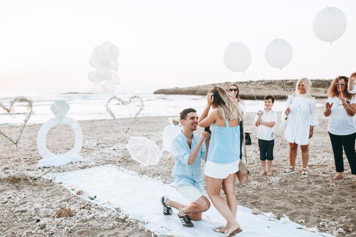 הצעת נישואין בחוף הים