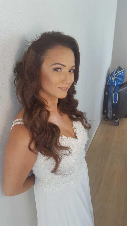 איפור ושיער ביום החתונה