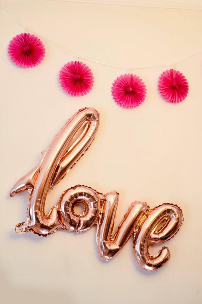 בלוני love
