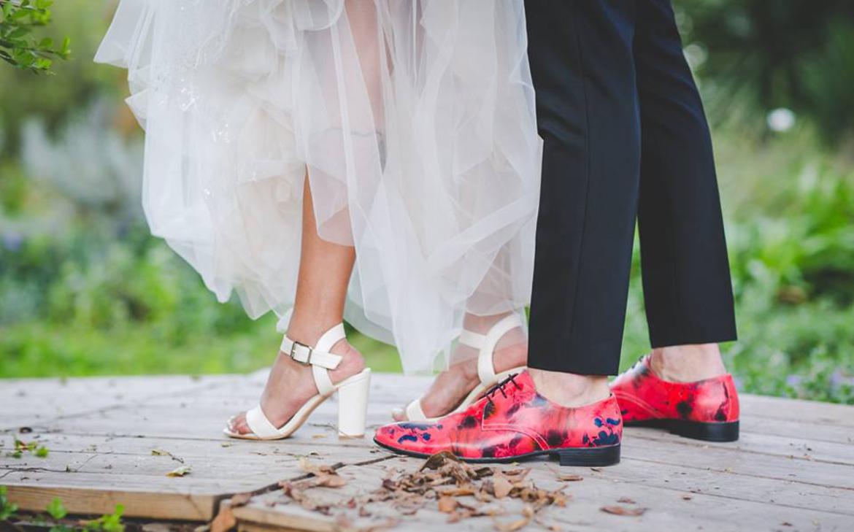 נעליים צבעוניות לחתן