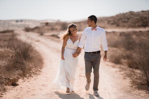 החתונה הטבעונית (במדבר) של מאיה וגיא