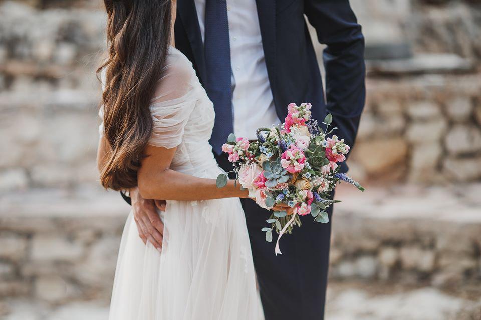 תחשבו על הרגעים הראשונים אחרי שתיפגשו ביום החתונה...