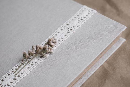 תמונות, תמונות ועוד תמונות: מה חשוב לדעת על אלבום מעוצב לחתונה?