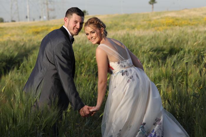 פחות, אבל הרבה יותר: ארגון חתונה קטנה