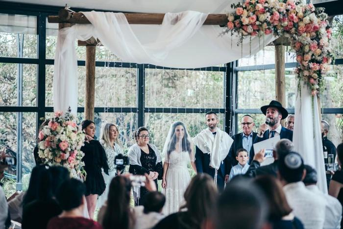 סימה ושי בחתונה מצומצמת בגבעה
