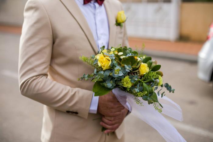 חליפות חתן  - מתלבשים על זה: איך לבחור חליפות לחתונה בימי הקורונה?