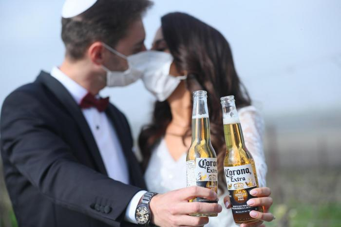 הפקה וניהול אירועים - כיצד דוחים חתונה - המדריך המלא