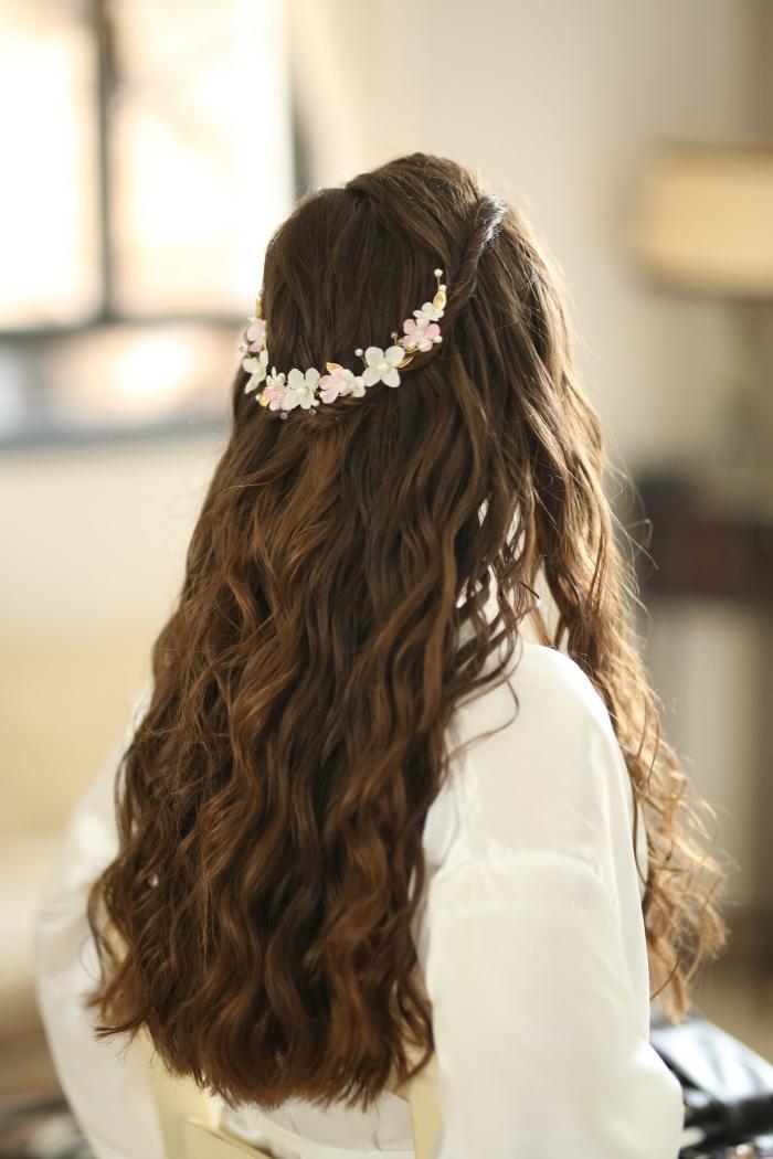 שיער: שני שוסטר - תסרוקות כלה וערב