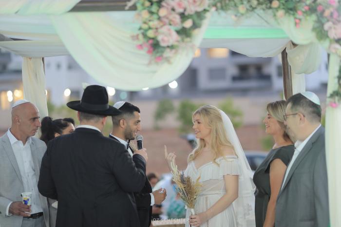 הפקה וניהול אירועים - כנגד כל הסיכויים: החתונה של אלינה וצח