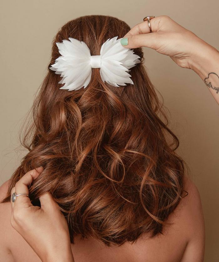 תסרוקות כלה ועיצוב שיער - קיץ כאן ויאללה בלאגן: קצת על תסרוקות כלה והלחות הארצישראלית
